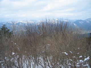 羅漢山頂から北