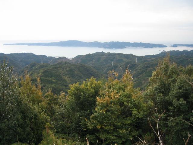 重畳山から大島を望む