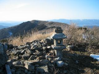 東峰山頂付近