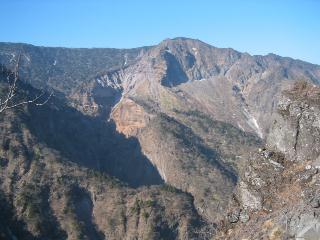 赤薙山のガレ