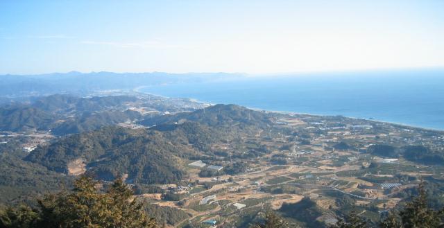 大烏帽子山山頂から七里御浜