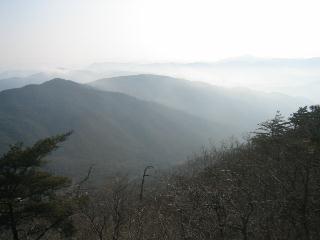 霞の摂州の山