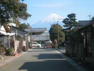 街角から富士山