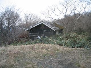 チロル小屋跡
