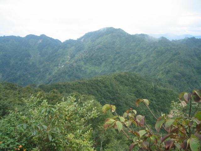 奥三方山から奈良岳