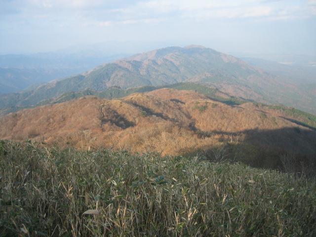蛇谷ヶ峰を望む