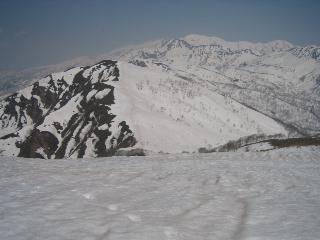 日岸山と白山方面