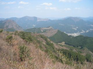 曽爾の山を望む