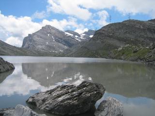 湖の端から