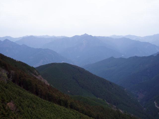 大所山から白髭岳方面
