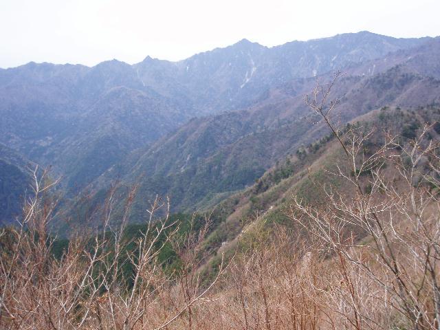 小峠山から釈迦ヶ岳方面