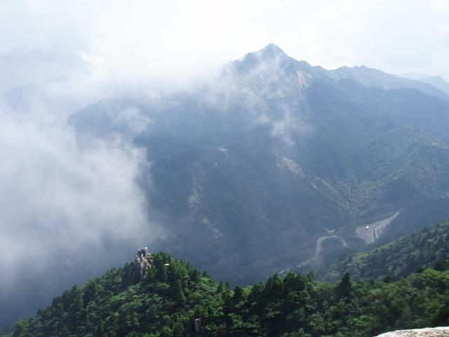 大黒岩から鎌ヶ岳とえびす岩