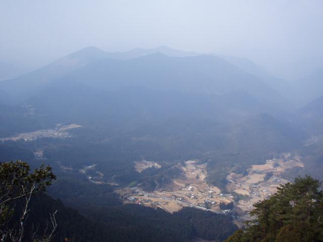 大人平山〜玉置山の稜線から