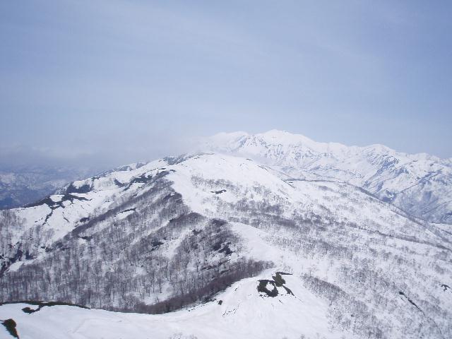 野伏ヶ岳から薙刀山