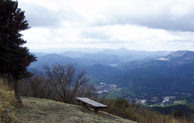 大洞山から高見山方面
