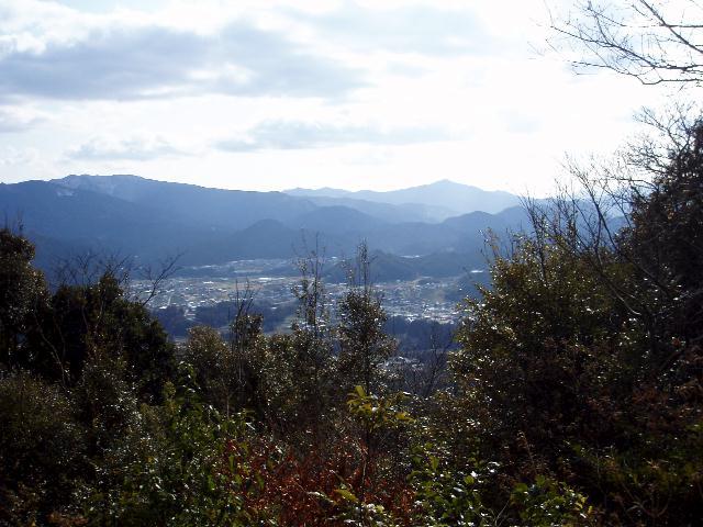 水神山から南方を望む