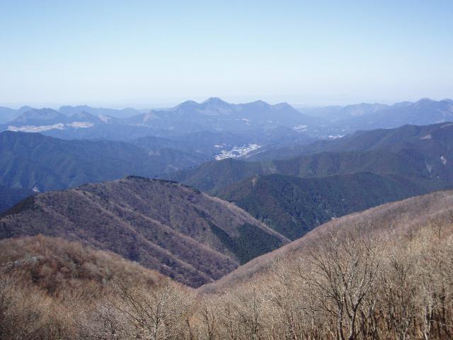 平倉峰から