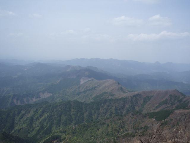 高見山から天狗山方面を望む