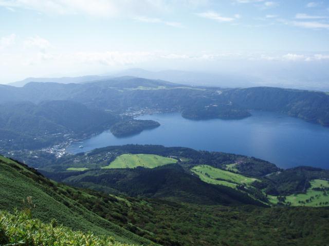 駒ケ岳から芦ノ湖を望む