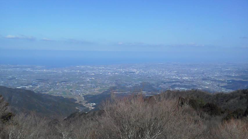 堀坂山から東側を望む